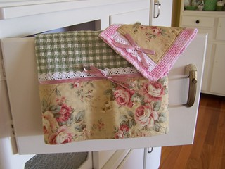 Bows For Kitchen Chairs
