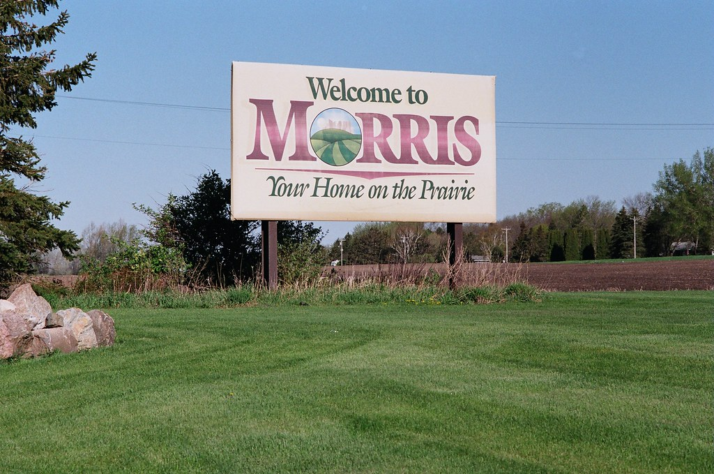Welcome to morris mn several welcome signs greet for Heartland motor company morris mn