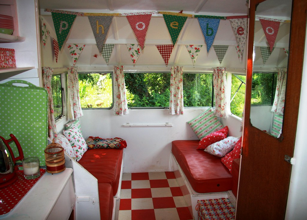 Decorating A Caravan Ideas Elitflat