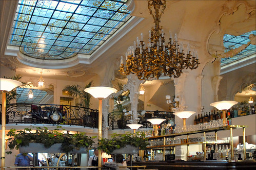 Le Grand Cafe Moulins Coco Chanel