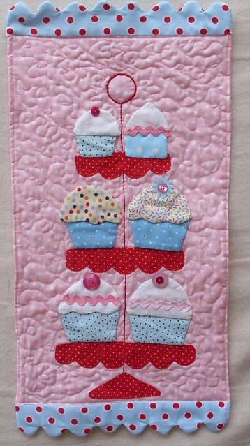 Quilted Cupcakes withTilda pattern | My cupcake pattern used… | Flickr : cupcake quilt - Adamdwight.com