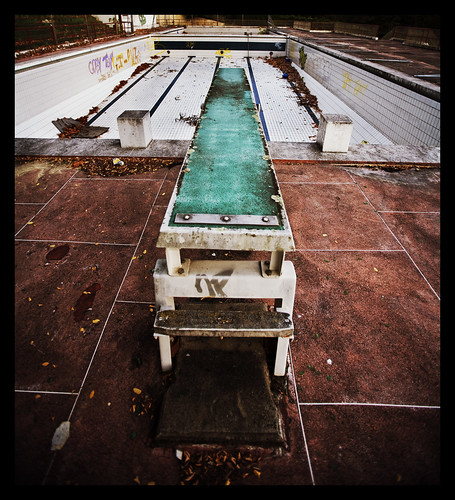 Ou Est Le Swimming Pool I3aac Flickr