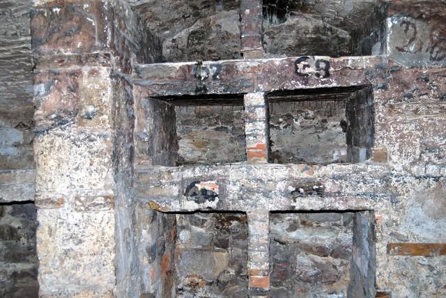 ... Storage units South Bridge Vaults Edinburgh Scotland | by lisby1 & Storage units South Bridge Vaults Edinburgh Scotland | Flickr