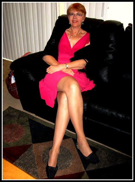 Older Women With Beautiful Legs