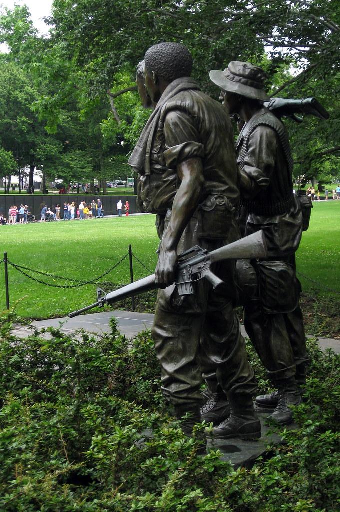 Washington Dc Vietnam Veteran S Memorial The Three Sold