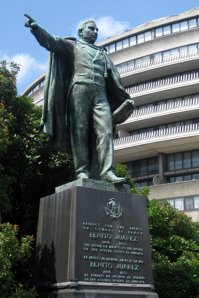 Washington Dc Foggy Bottom Benito Ju 225 Rez This Statue