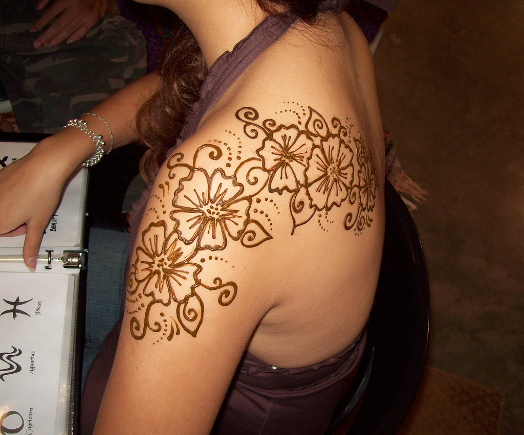 henna shoulder tattoo merritt flickr. Black Bedroom Furniture Sets. Home Design Ideas