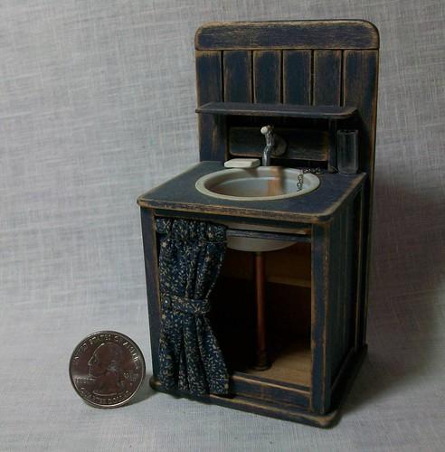 Marquis Miniatures: Miniature Blue Sink (1 Inch Dollhouse Scale)