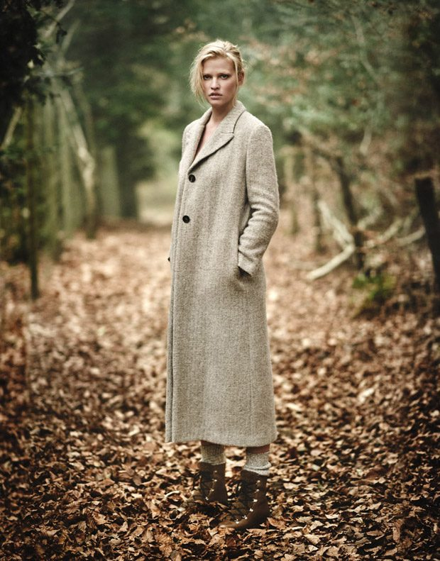 Lara-Stone-Edit-Magazine-Boo-George-02-620x791