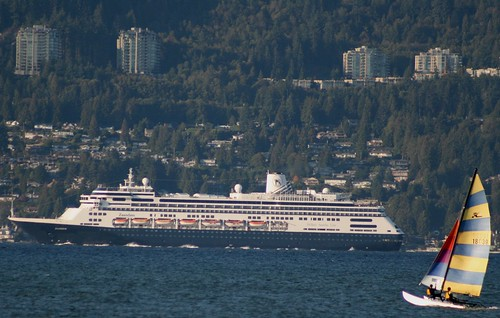Holland America Line- Zaandam leaving Vancouver Oct 04-09 Cruise ship | by Grantsviews