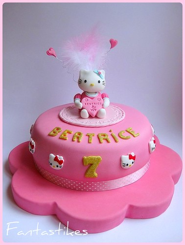 Torta Hello Kitty / Hello Kitty Cake | by Fantasticakes (Cécile)