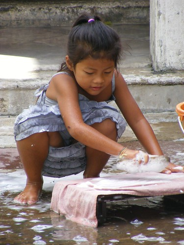 Little Girl Washing Clothes  Temple District, Bangkok -9879