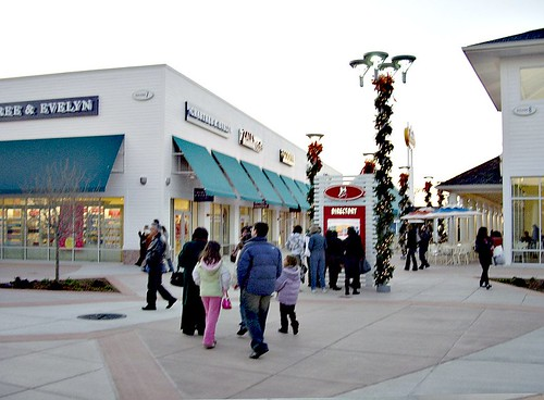 uggs outlet tinton falls new jersey