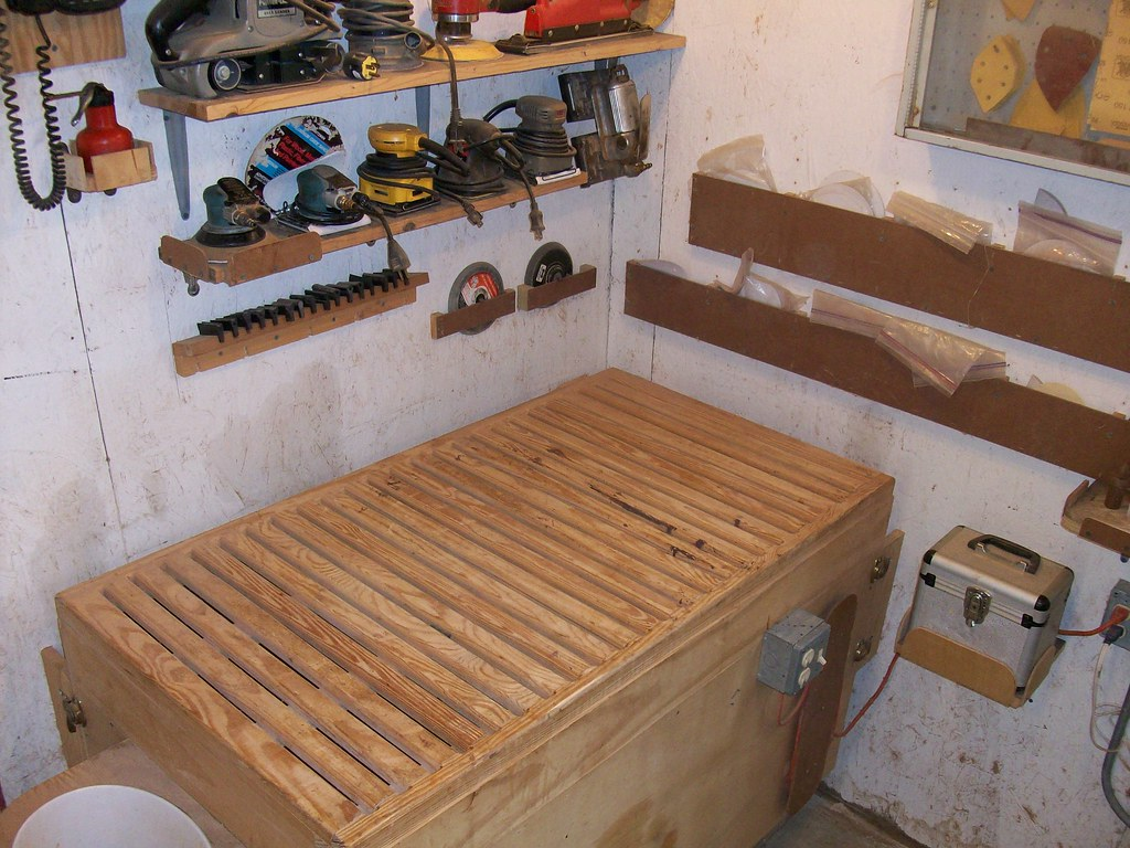 Downdraft Sanding Table 2 The Top Of The Sanding Table