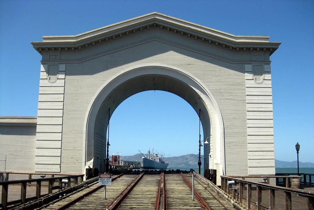San Francisco - Fisherman's Wharf: Pier 43 Ferry Arch | Flickr