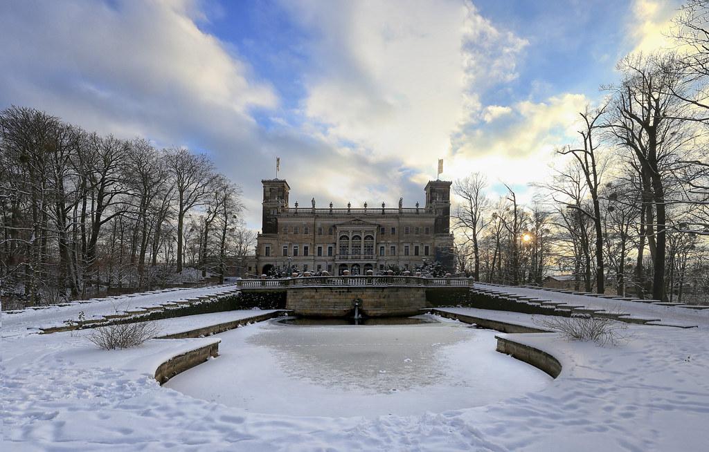 Image result for Schloss Albrechtsberg