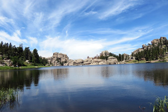 sylvan-lake via https://gfp.sd.gov/state-parks/directory/custer/campgrounds/sylvan-lake/