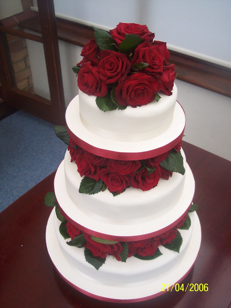 wedding cake peterborough wedding cake a beautiful and simple wedding cake 23414