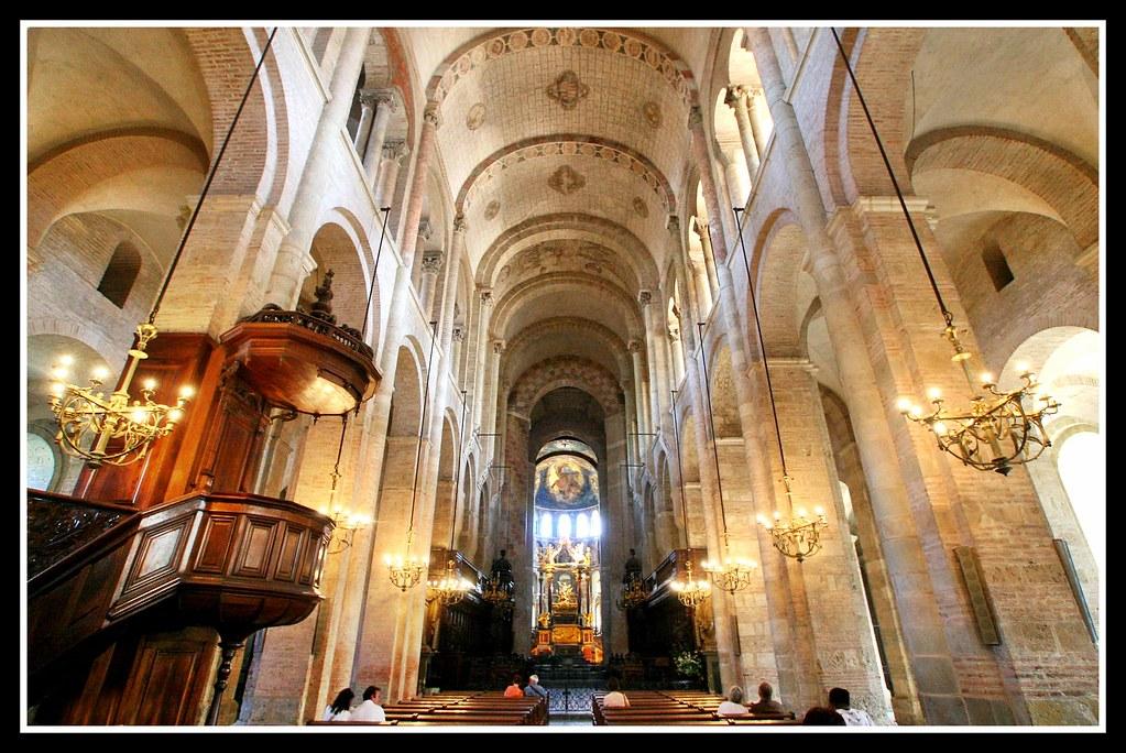 Interior de Saint Sernin, Toulouse | fr.wikipedia.org/wiki ...