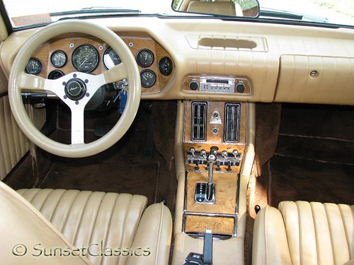 1980 avanti ii interior showing off the beautiful wood gra flickr. Black Bedroom Furniture Sets. Home Design Ideas