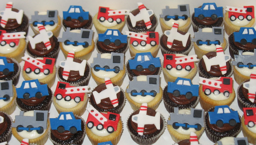 Planes Trains Cars And Fire Truck Mini Cupcakes Flickr