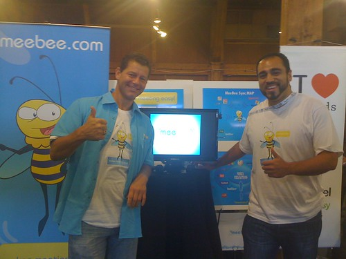 JD & Rick at the meebee stand | by meebeebuzz