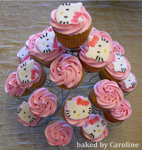 Hello Kitty Hello Kitty Cupcakes On A Cupcake Tree Cute C Flickr