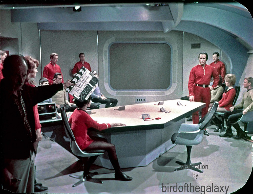Kahn in Briefing Room 12.20.66 | The briefing room set, a ...