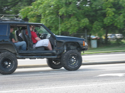 Jeep Jacked Up >> Jacked Up Doorless Jeep Cherokee | More of the odd things i … | Flickr
