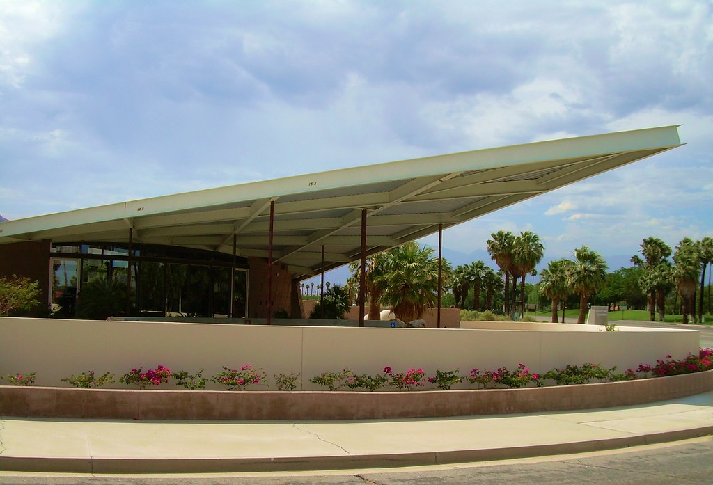 ... Mid-Century Modern Former Gas Station (Now Visitors Center) Palm Springs | by & Mid-Century Modern Former Gas Station (Now Visitors Centeru2026 | Flickr