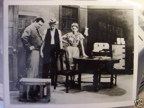 The Honeymooners Apartment Shot Photo Ralph Ed And