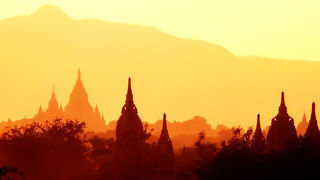 sunset bagan myanmar | by celedena.photography