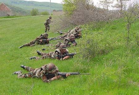 Les F.A.R. en Bosnie  IFOR, SFOR et EUFOR Althea 32557726980_bba8e7f1d7_o