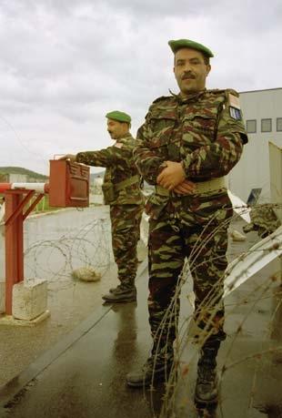 Les F.A.R. en Bosnie  IFOR, SFOR et EUFOR Althea 32095100354_725fa5d2e8_o