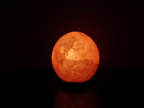 Himalayan Salt Lamp Uk In Damp Room