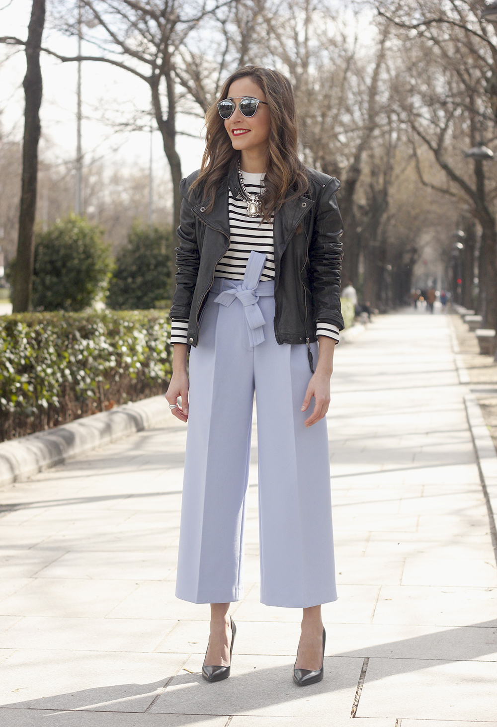 Light Blue Pallazzo pants t-shirt stripes black heels biker jacket dior so real sunglasses outfit style fashion02