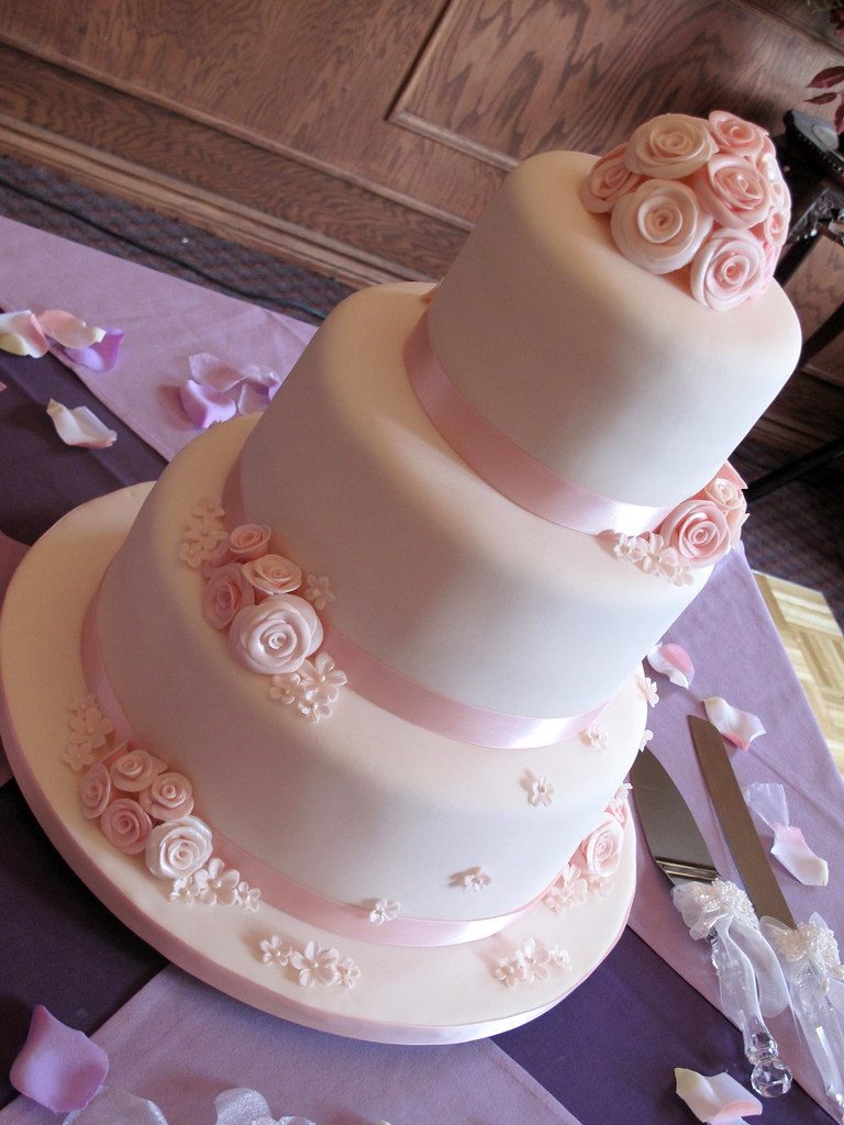 wedding cake with flowers down the side pink roses wedding cake side view this is my 26881