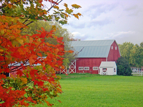 Indian Trail barn | by Larry the Biker