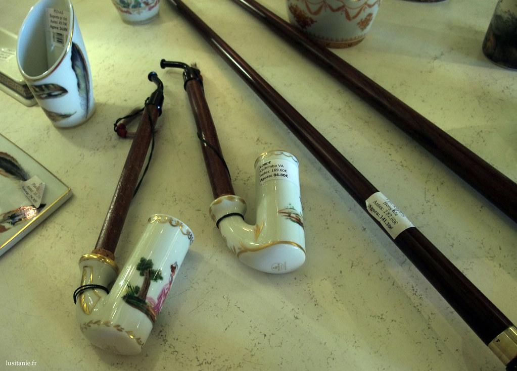 Drôles de pipes en porcelaine