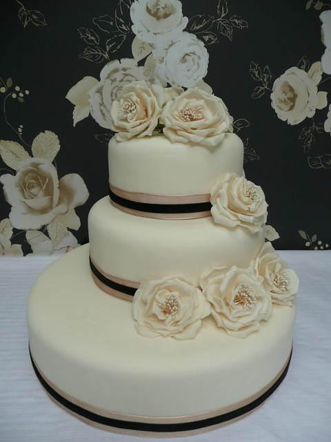 offset ivory wedding cake offset ivory wedding cake with