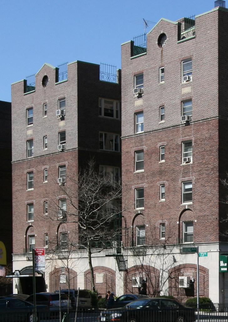 Franklin Hills Apartments