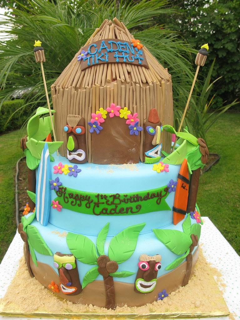 How To Make A Beach Hut Birthday Cake