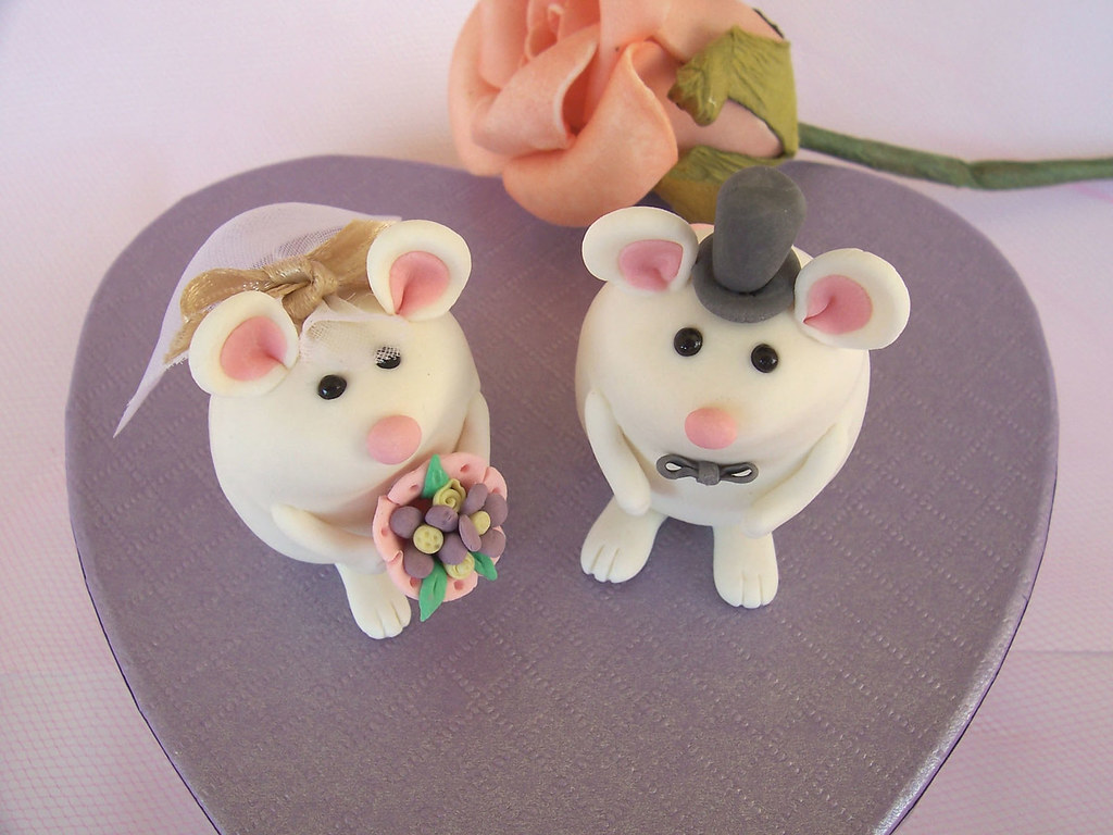 mice wedding cake toppers original and groom mouse mice wedding cake topper 17333