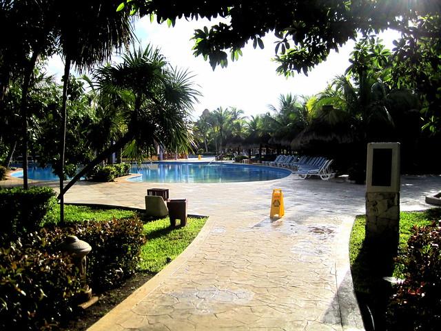 Iberostar Paraiso Beach Resort Restaurants