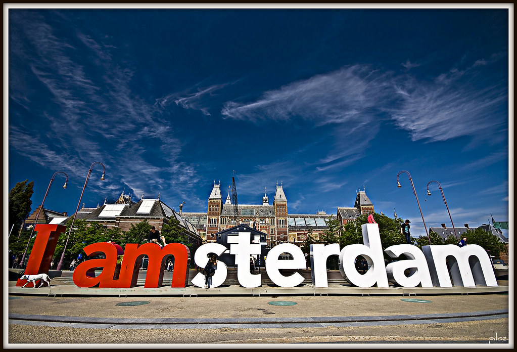 map amsterdam with 3564368796 on 5399032608 in addition 14963934664 together with 3534889643 likewise Showpicture also Delft herlands.