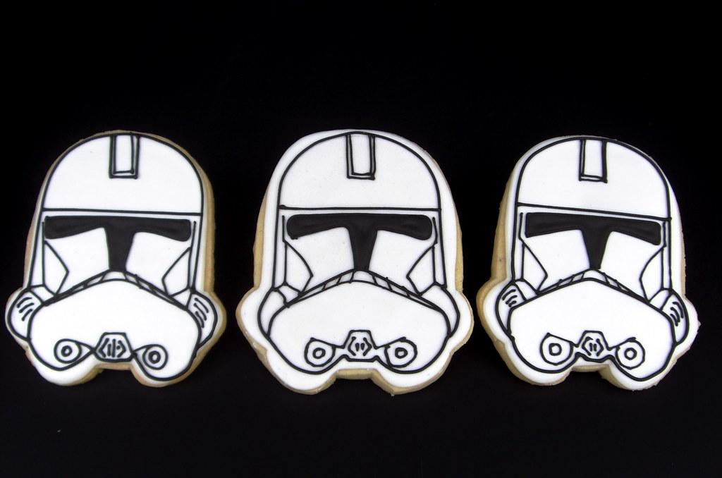White Storm Trooper Cake