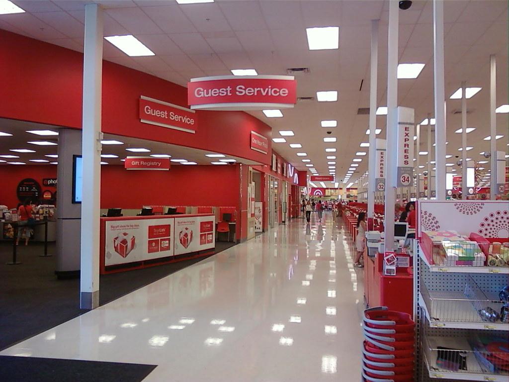 Super Target - Edina (Minneapolis), Minnesota - Guest Serv… | Flickr