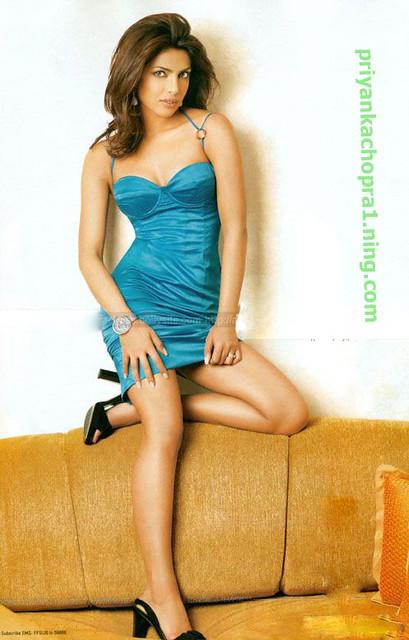 Priyanka-Chopra-0027Priyanka Chopra Sexy Legs Looks Hot In -8220