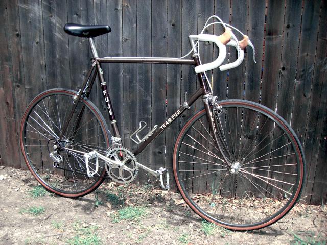 1982 Team Fuji Road Bike
