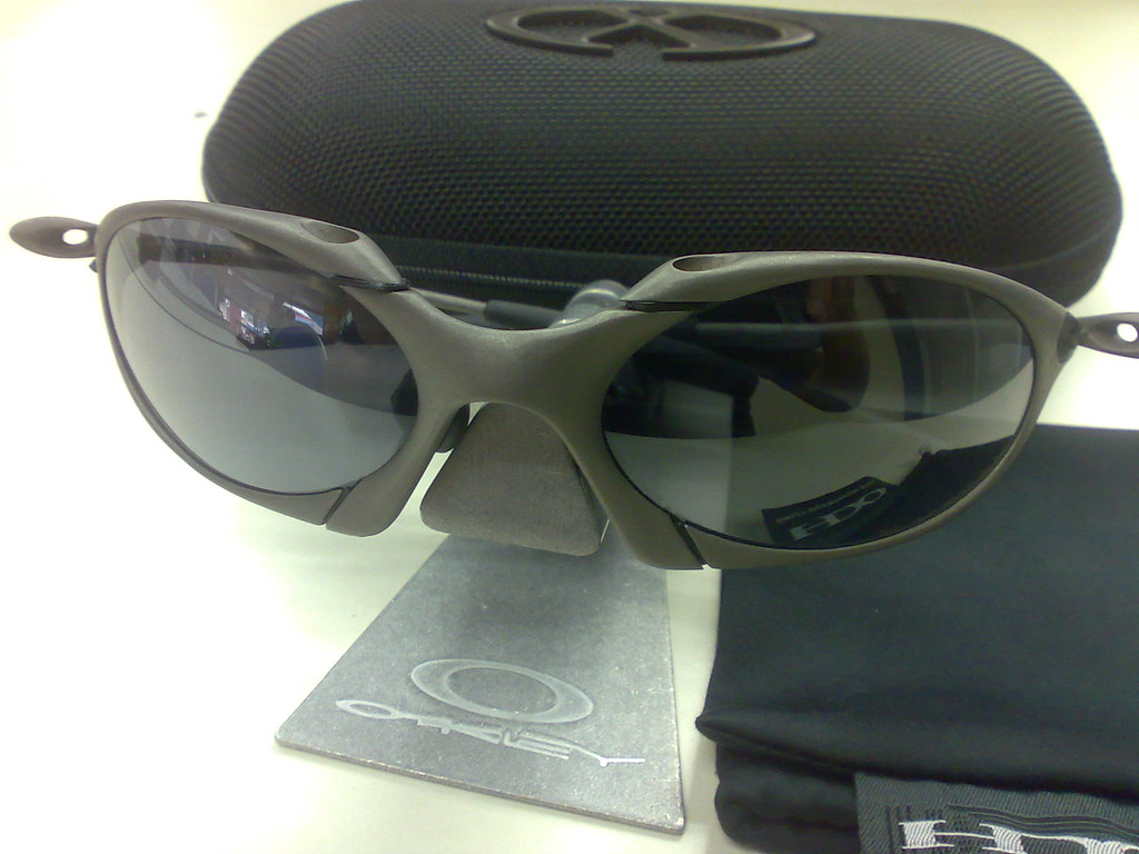 the oakley romeo 1 xmetal black iridium oakley xmetal